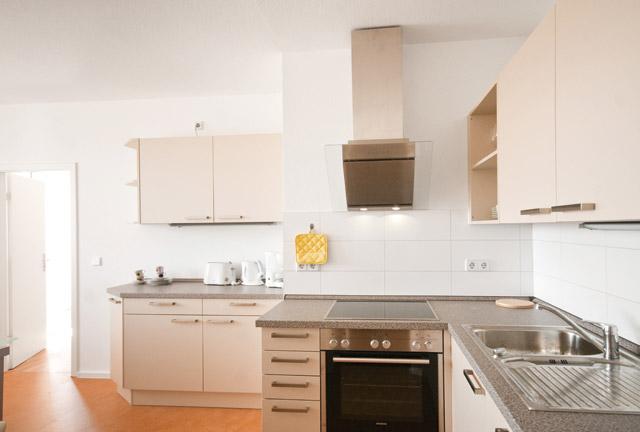 g nstige 6 5 raum wohnung in halle saale mieten. Black Bedroom Furniture Sets. Home Design Ideas